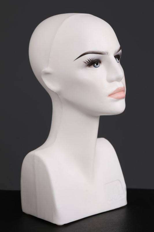 Kafa Omuzlu Beyaz Makyajlı Manken